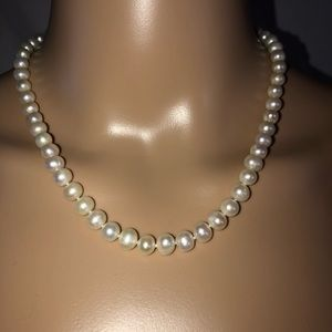 Vintage pearl necklace W/SS clasp